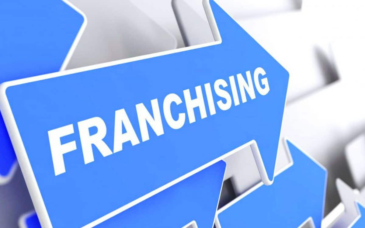 9 factors to consider when choosing to own a Franchise